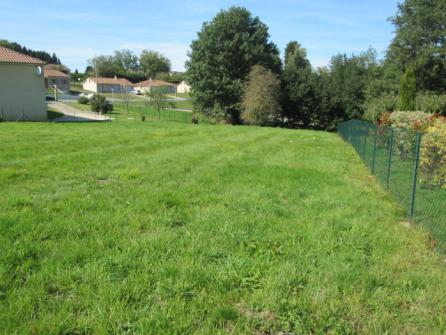 Image of Plot of Land Eymoutiers ref: 5542E